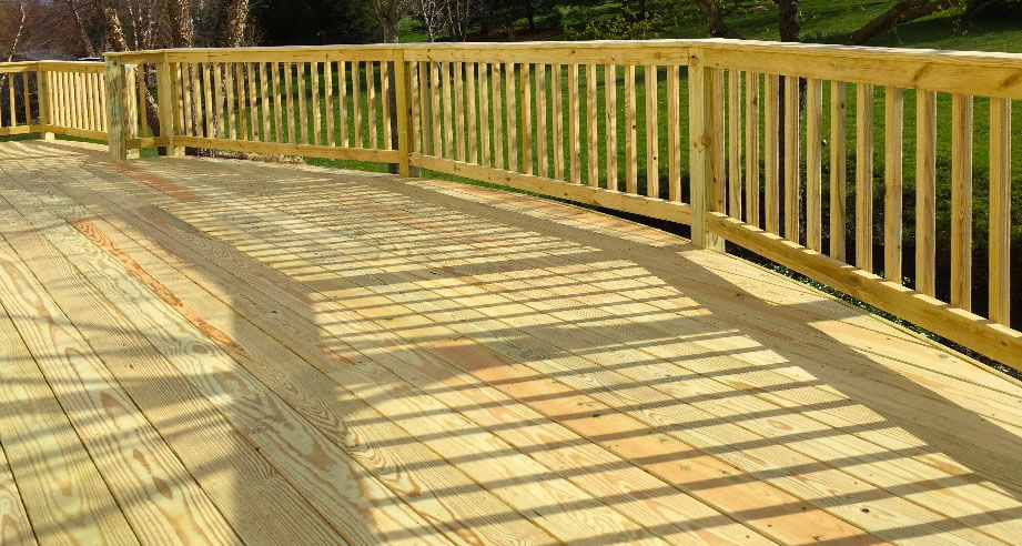 royal-deck-deck-staining-naperville