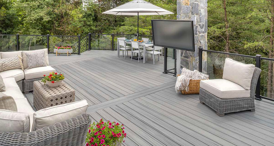 royal-deck-new-deck-installation-naperville